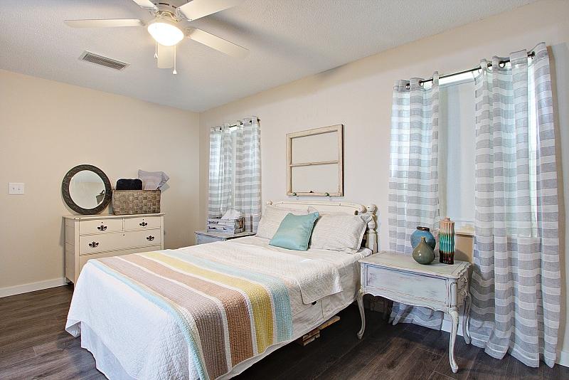 cottage-chic-bedroom-deland-florida