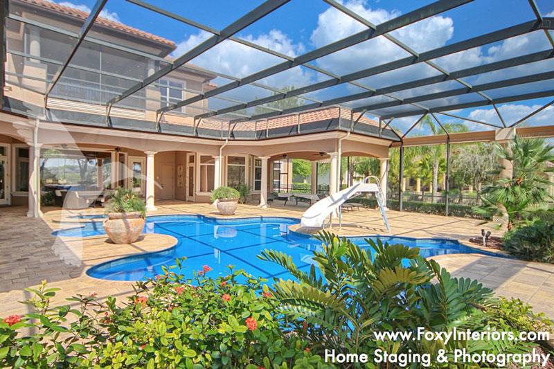 outdoor-pool-area-sorrento-florida