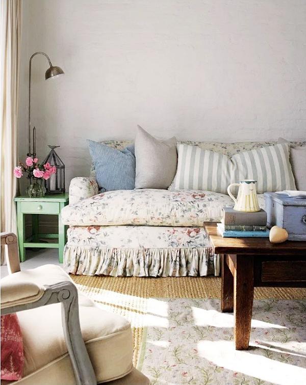 shabby-chic-design-style-family-room-deltona-florida